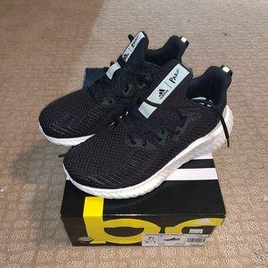 Adidas Alphaboost Parley